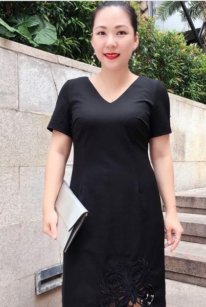 Đầm cotton dáng suông thiết kế cách điệu