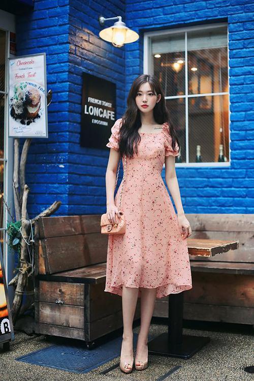 Váy hoa nhí tay xếp li màu gạch