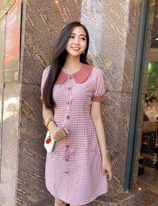 Đầm caro hồng cổ sen