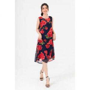Mẫu váy ren xinh xắn họa tiết hoa lớn